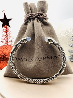 David Yurman Moonstone Classic 14k Cuff for Sale in Brooklyn, NY