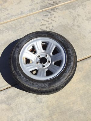 Trailer Tire and Rim 195/60 R15 for Sale in Apple Valley, CA
