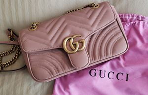 GUCCI GG Marmont Matelasse Leather Medium Crossbody Bag for Sale in Puyallup, WA