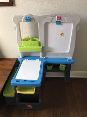 Kids Desk with drawing board for Sale in Round Rock, TX