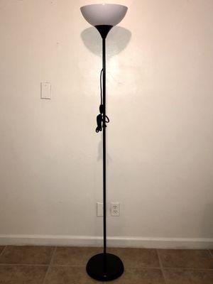 Floor Lamp for Sale in La Puente, CA