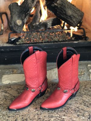 Brand new women's cowboy boots size 7m for Sale in New York, NY