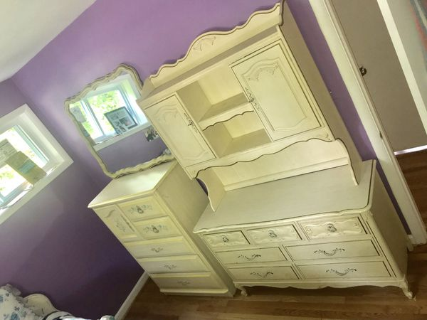 Vintage French bedroom set furniture