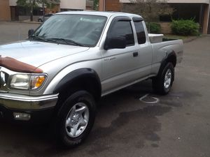 2004 Toyota Tacoma no rust for Sale in South Windsor, CT