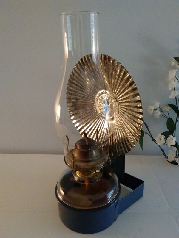 Vintage Eagle Oil Lamp with Bracket and Reflector