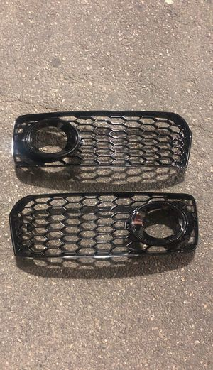 Audi S5 honeycomb fog light grills for Sale in Skokie, IL