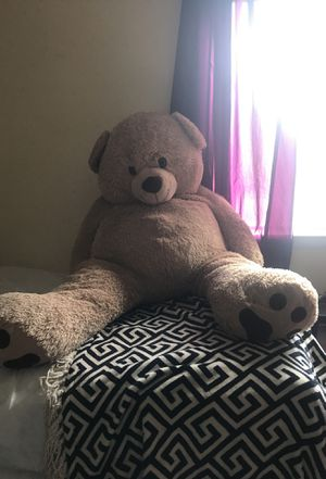Huge Teddy Bear for Sale in Decatur, GA