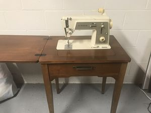 Antique Singer Sewing Machine & cabinet for Sale in Durham, NC