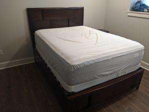 Queen bedroom set for Sale in Salina, KS