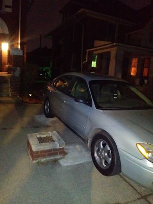 Ford Taurus for Sale in Detroit, MI