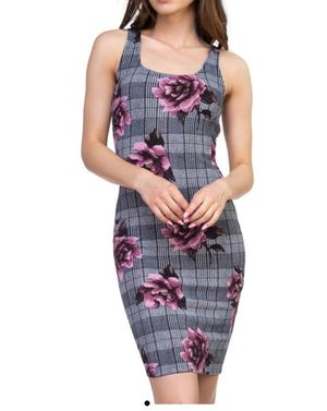 Plaid and Rose Flower Dress for Sale in Berea, OH