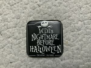 NEW VERY RARE WDI NIGHTMARE BEFORE HALLOWEEN OCTOBER 29, 1993 BUTTON (EXCELLENT CONDITION) for Sale in Henderson, NV