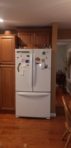 Refrigerator ice maker, stove ,dishwasher and microwave for Sale in Philadelphia, PA