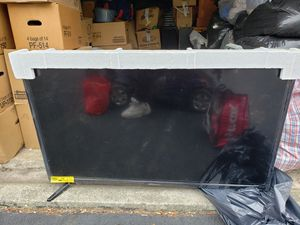55 inch smart tv for Sale in Columbus, OH