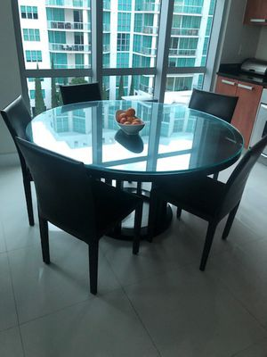 Large kitchen / Dining Table and 5 leather chairs for Sale in Aventura, FL