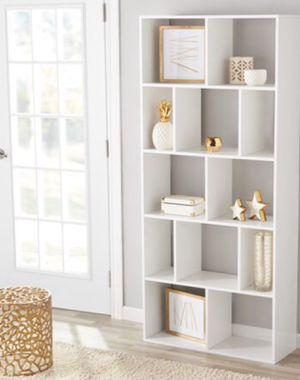 New!! 12 cube organizer, bookcase, bookshelves, organizer, living room furniture, storage unit , white for Sale in Phoenix, AZ