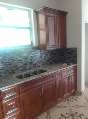 Kitchen cabinets for Sale in Cape Coral, FL