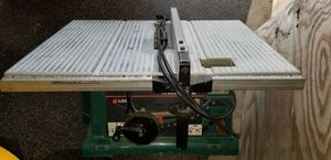 "Makita 10"" jobsite sized table saw. for Sale in Lake Worth, FL"