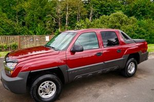 AMAZING TRUCK Chevrolet 2005 Avalanche for Sale in Dayton, OH