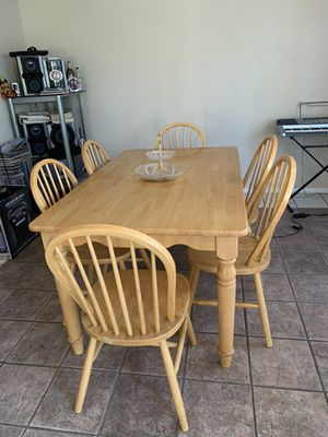 Dining table for Sale in Vista, CA