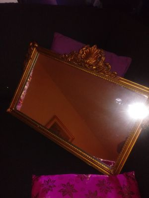 Old mirror antique .nice condition for Sale in Lynn, MA
