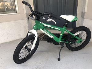 Kids bike used twice for Sale in Orlando, FL