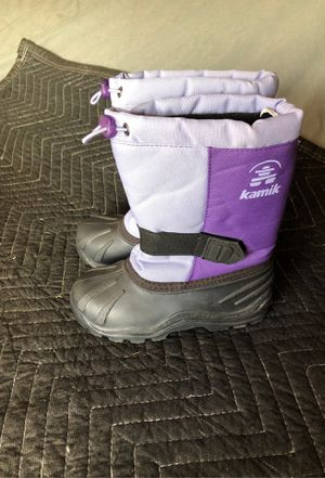 Kids snow boots size size 12 for Sale in Corona, CA