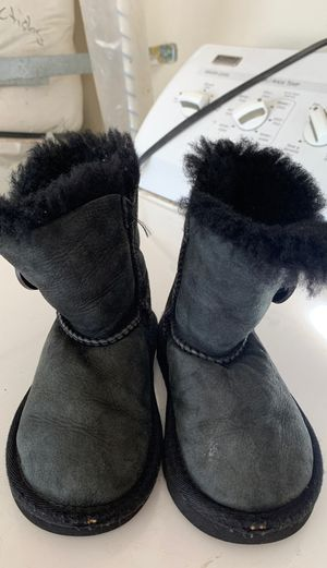 Girls boots size 7 for Sale in Perris, CA
