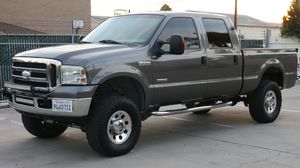 2004 FORD F250 XLT super duty diesel Truck for Sale in Westminster, CA