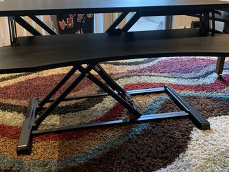 Height Adjustable Standing Desk /Length 32 width 25 height 20 for Sale in Palatine,  IL