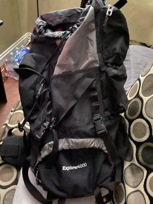 Explorer 4000 hiking backpack! for Sale in Imperial, MO