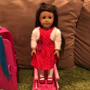 Authentic American Girl Doll plus 10 Outfits for Sale in San Diego, CA