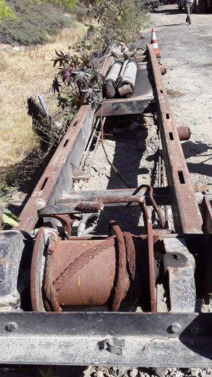 Vendo sistema roll off completo para camión en buen estado for Sale in Los Angeles, CA