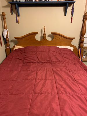 4 piece bedroom set for Sale in Elmwood, IL