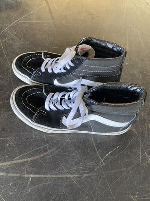 Vans tennis shoes size 6 men for Sale in Riverview, FL
