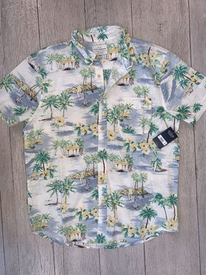 Brand new Men's Lucky shirt size M, Linen material. Original price is $65 with tax, I'm selling it for $40 (palm beach) for Sale in Castro Valley, CA