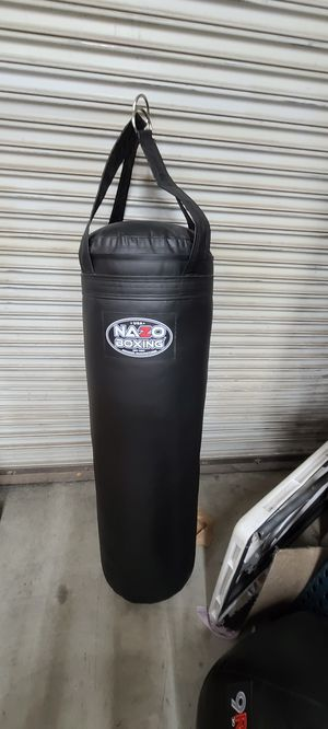 Punching bag boxing heavy bag for Sale in Los Angeles, CA