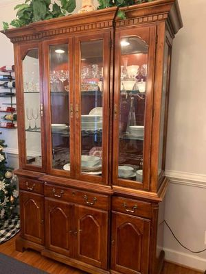 SOLID WOOD China cabinet with hutch for Sale in Fredericksburg, VA