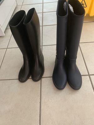 Kids rain boots blue 7 black 3 $ 25-20 for Sale in Tamarac, FL