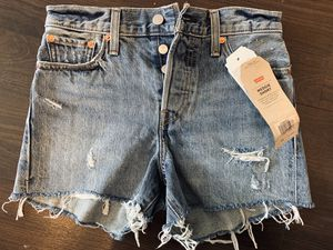 "Levi's size 24/25 denim jean short ""high rise wedgie"" for Sale in Denver, CO"