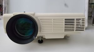 Dr. J mini projector w/ HDMI for Sale in Jersey City, NJ