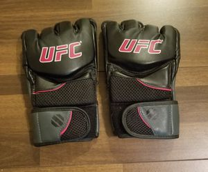 UFC gloves Size XL for Sale in Los Angeles, CA