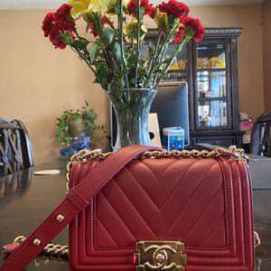 Chanel Small Chevron Boy Bag for Sale in Tolleson, AZ
