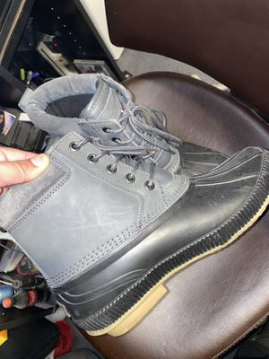 Tommy Hilfiger duck boots for Sale in Rockville Centre, NY