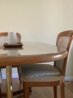 Dining table with 4 chairs! for Sale in Newark, CA