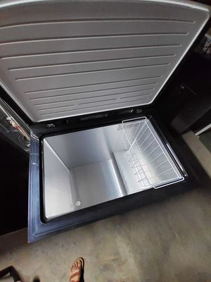 Freezer Arctic king 7 cu for Sale in Rialto, CA