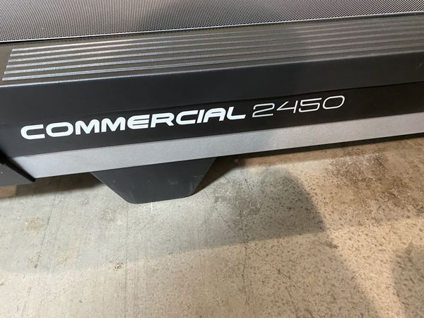 2020 NordicTrack 2450 Commercial Treadmill w/15% Incline