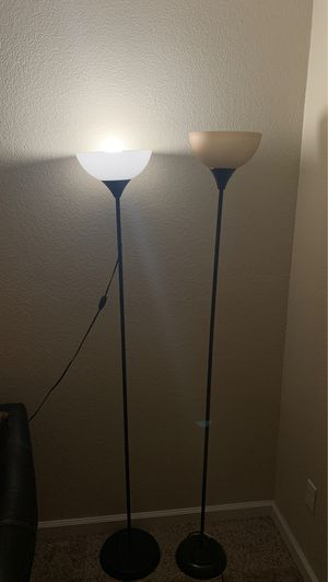 Floor lamp for Sale in Concord, CA