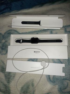 Apple watch series 3 for Sale in Farmersville, CA