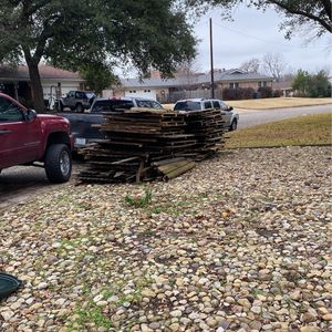 Free Old Fence Panels for Sale in Haltom City, TX